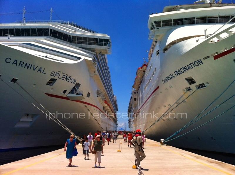 Grand Turk, Port - Carnival Splendor