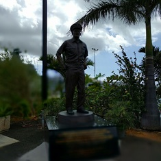 Honolulu, Oahu - statue, Pearl Harbor
