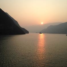 Cruise Yangtze River - Sunset on the Yangtze