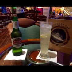 Schooner Bar on Freedom of the Seas