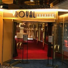Royal Theater - Main Show Lounge