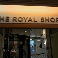 Royal Shops entrance