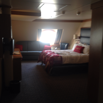 Deluxe Oceanview Stateroom on Disney Dream