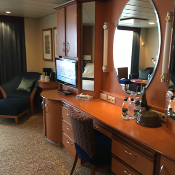 Junior Suite with Balcony on Radiance of the Seas
