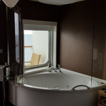 The Haven Spa Suite with Balcony on Norwegian Breakaway