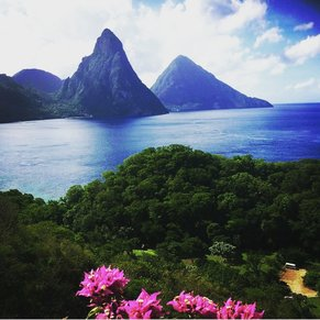 st lucia fantastic view of the twin pitons book with (stluciasupertaxi.com) we gonna take you around the pitons