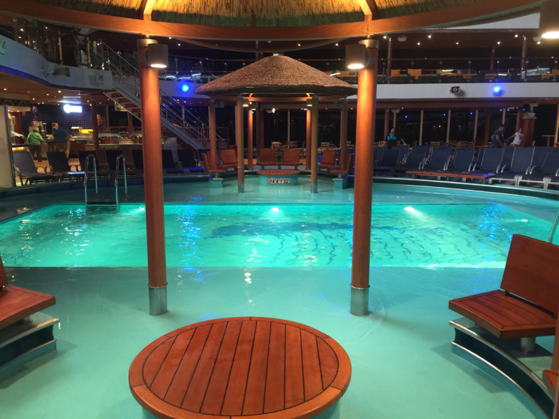 Carnival Breeze, Pools, Beach Pool