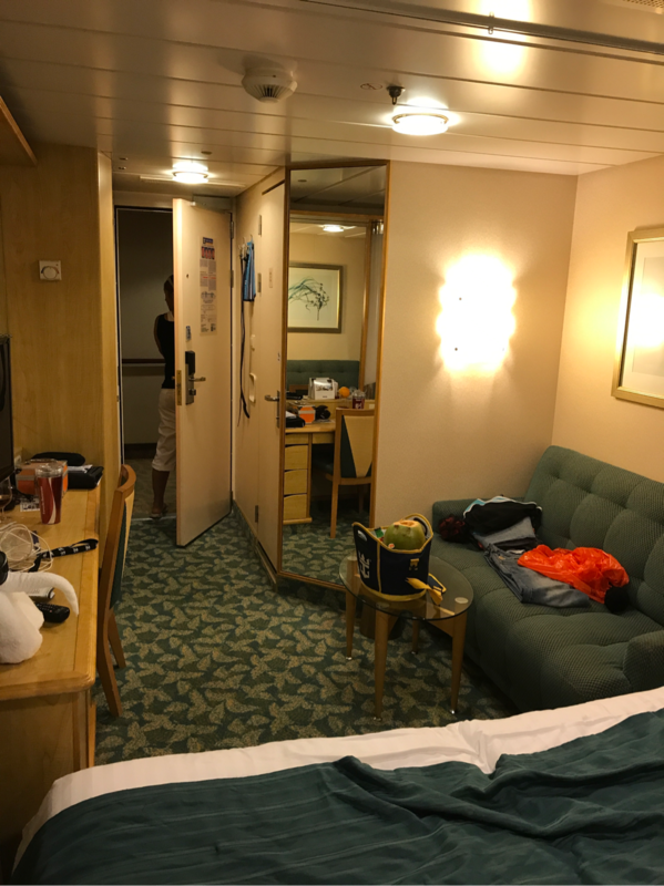 Inside cabin 1667 on liberty of the seas category sl for Liberty of the seas best cabins