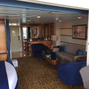 Grand Suite with Balcony on Radiance of the Seas