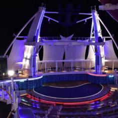 AquaTheater on Harmony of the Seas