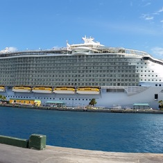 Allure of the Seas- Pano shot