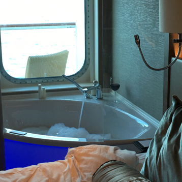 The Haven Spa Suite with Balcony on Norwegian Escape