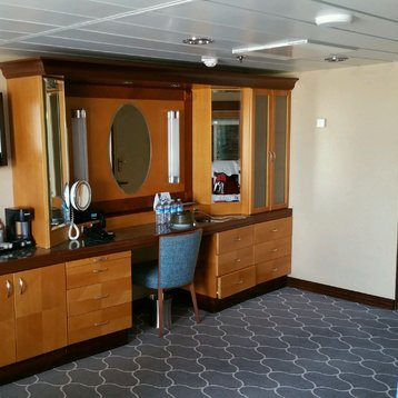 Owner's Suite with Balcony on Majesty of the Seas