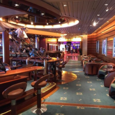 Schooner Bar on Independence of the Seas