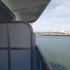 D735 Balcony