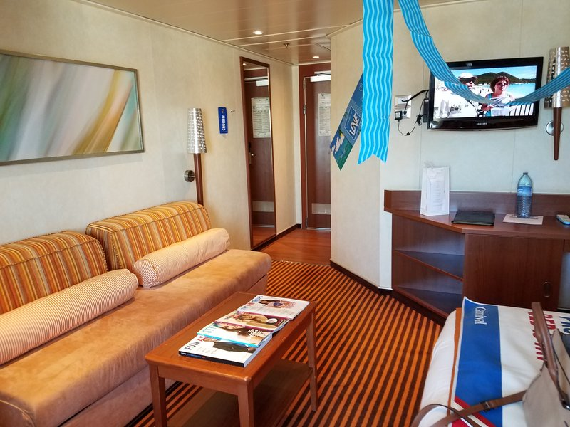 Junior Suite Cabin Category Yu Carnival Valor
