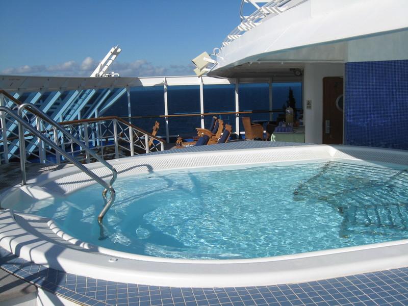 Lotus Spa hot tub, loved it, huge - Pacific Princess