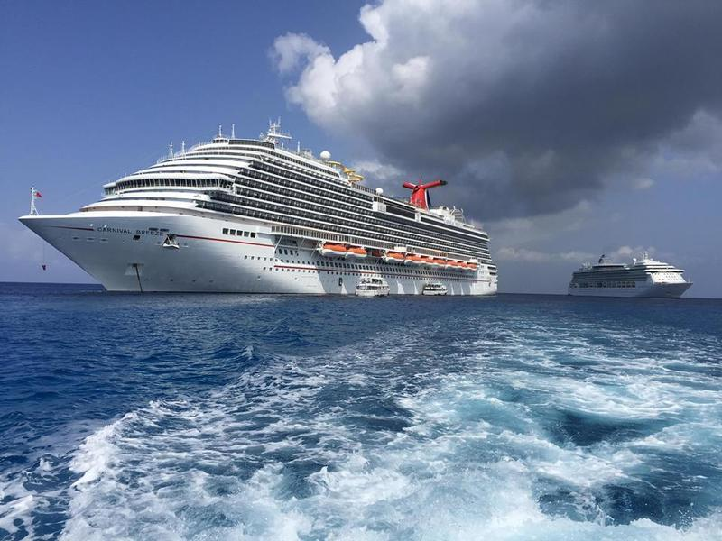Carnival Breeze Reviews And Photos