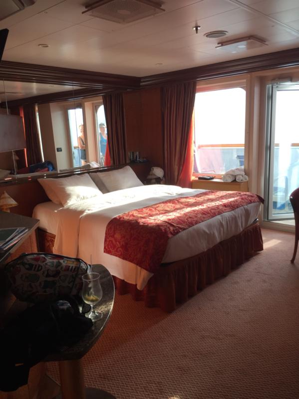 Suite 7269 On Carnival Valor Category U3