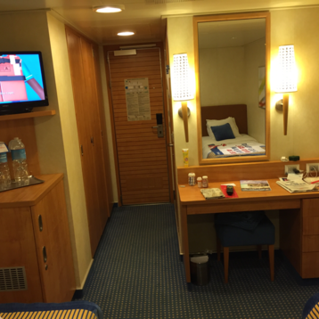 Interior Stateroom on Carnival Breeze