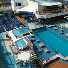 NCL ESCAPE Pool Area must admit small for over 4000 guess but nice