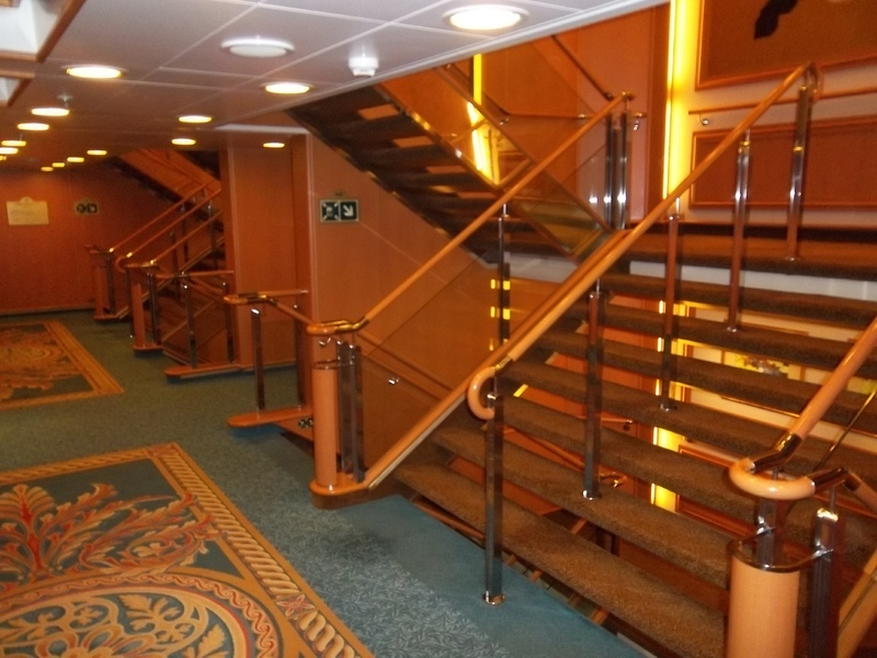 Photo Of Ruby Princess Cruise On Apr 26 2015 Elevator