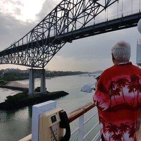 bridge enter Panamacanal Pacificsite