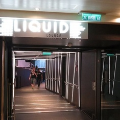 Liquid Lounge