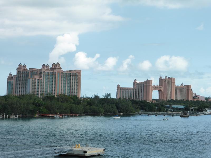 Atlantis Hotel Paradise Island - Carnival Dream