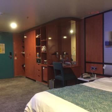 Inside Stateroom on Norwegian Pearl