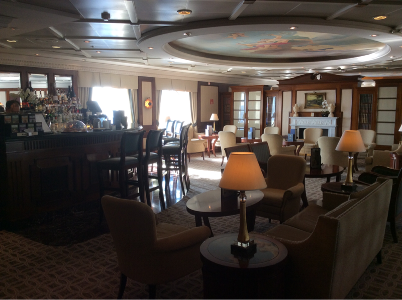 Club Bar on Pacific Princess