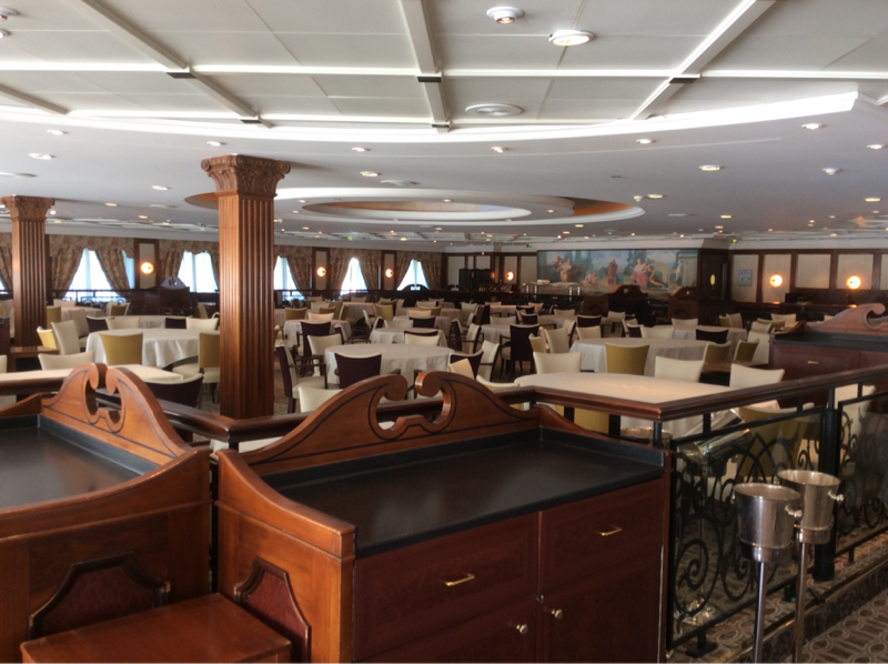 Club Restaurant on Pacific Princess