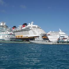 Ships in Nassau