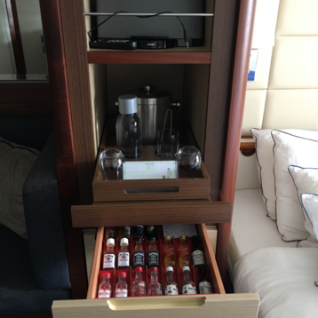 Deluxe Oceanview Stateroom on Wind Star