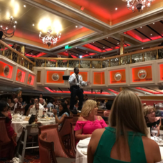 Lincoln Dining Room on Carnival Valor