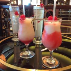 Crooner''s Bar on Royal Princess