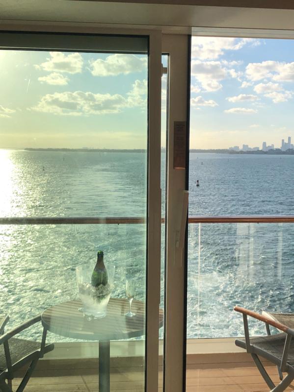 Balcony cabin 1670 on celebrity equinox category w4 for Celebrity equinox cabins photos