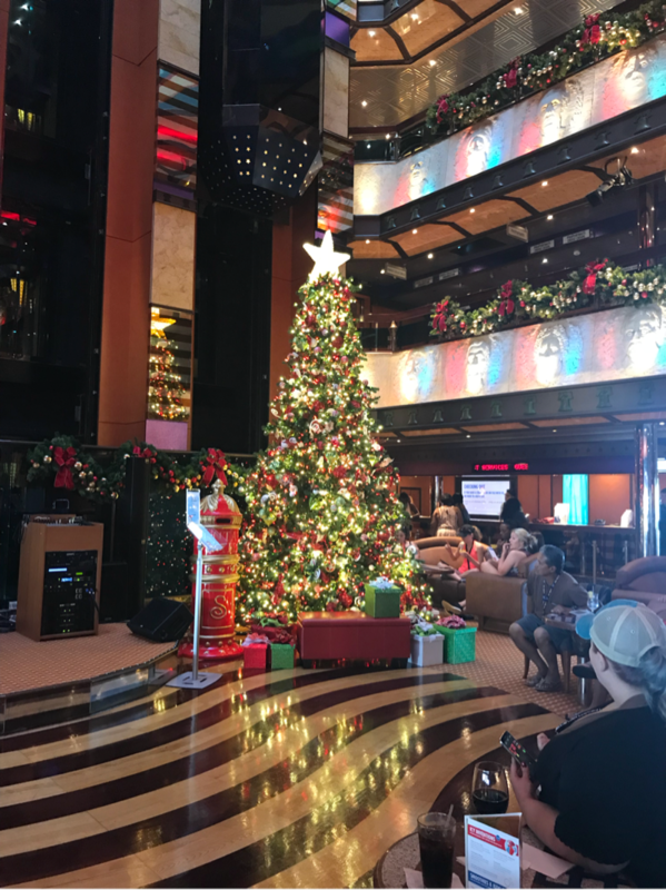 Loved the decorations Dec 2018! - Carnival Valor