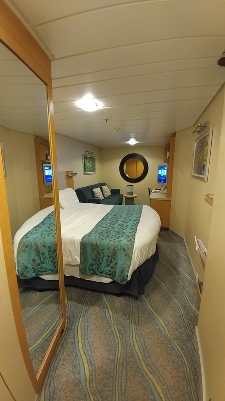 Oasis of the Seas cabin 7593
