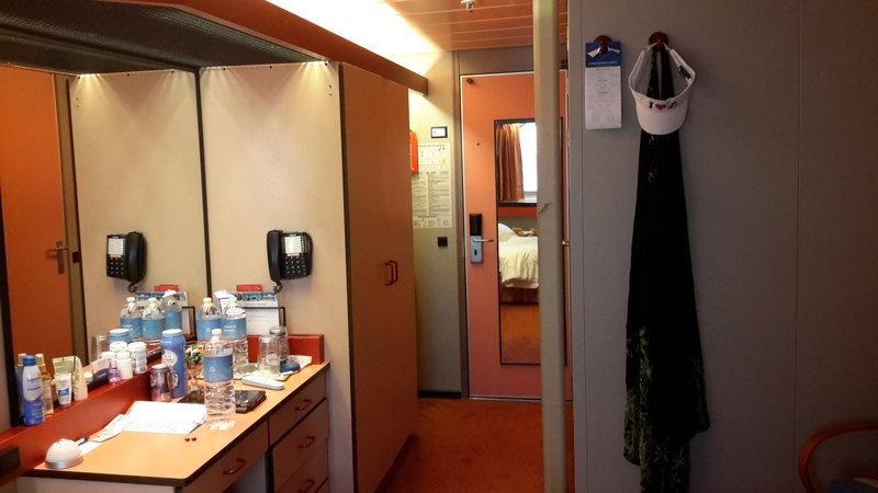 Carnival Paradise cabin M265