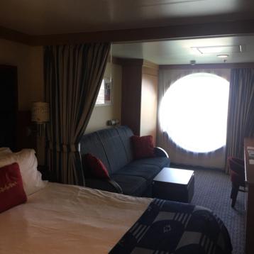 Deluxe Family Oceanview Stateroom on Disney Dream