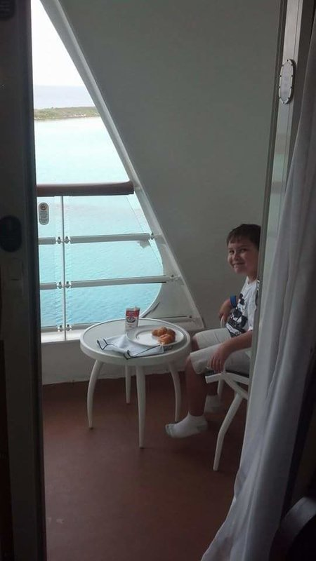 Balcony Cabin 6634 On Disney Magic Category 7a
