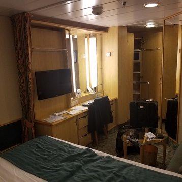 Interior Stateroom on Freedom of the Seas