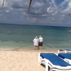 Beautiful beach at Mr Sanchos