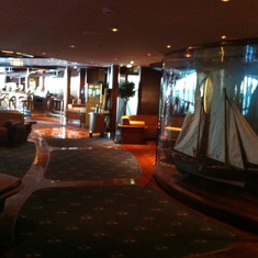 Radiance of the Seas Schooner Bar