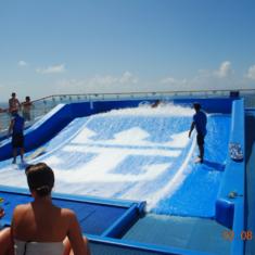 Flowrider on Oasis of the Seas