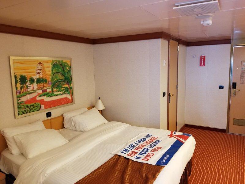 Inside Cabin 10205 on Carnival Dream, Category 4J