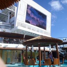 Dive-in Movie screen