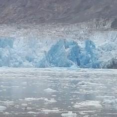 Glacier inside the passage