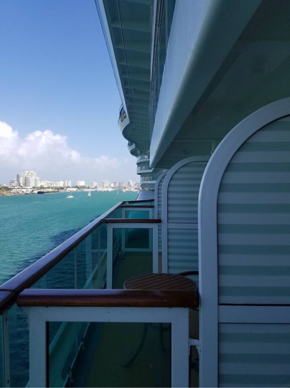 Deluxe Oceanview Stateroom With Balcony Cabin Category E2 Jewel Of The Seas